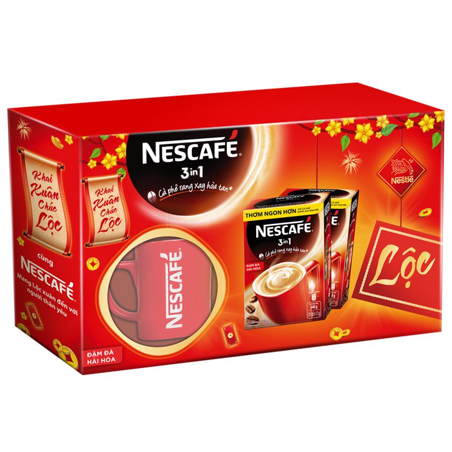 Hộp quà Tết NESCAFÉ 3in1 Cà phê rang xay hòa tan Đậm đà hài hòa với ly sứ đỏ 2 hộp x 20 gói x 17g