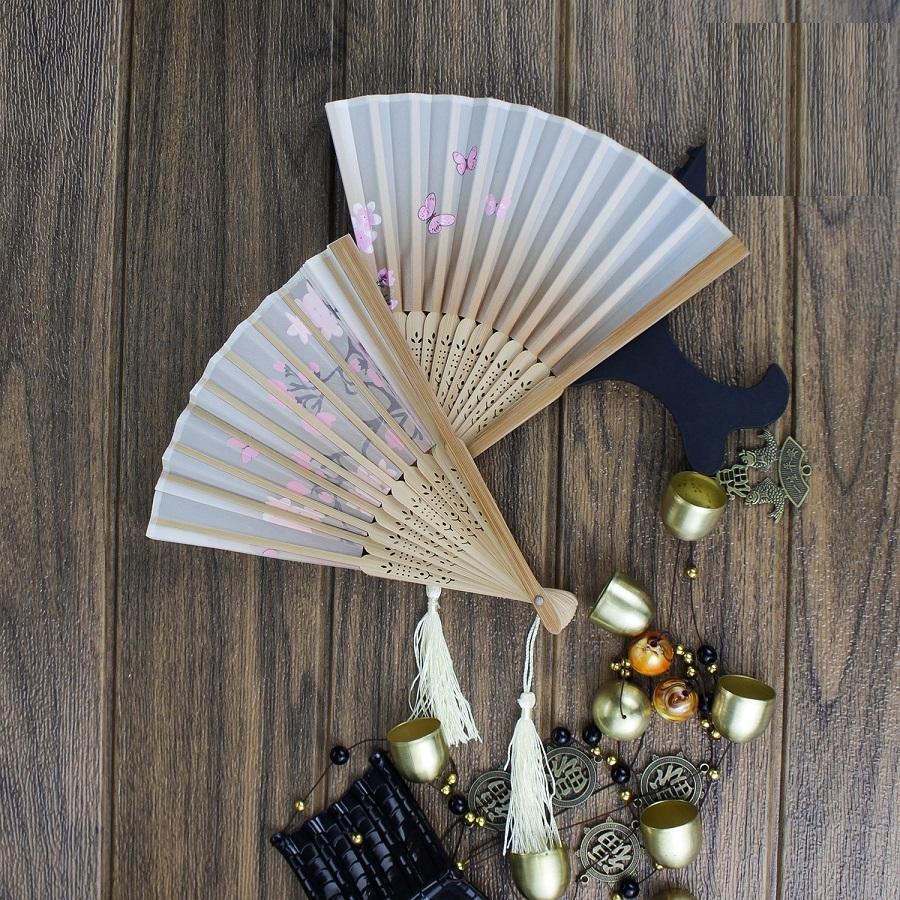 Quạt giấy Nhật Bản thanh tre tự nhiên in hình hoa độc đáo
