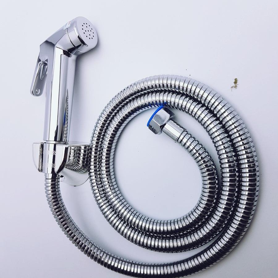 Bộ vòi xịt vệ sinh mosoo cao cấp kèm dây dẫn nước và đế cài