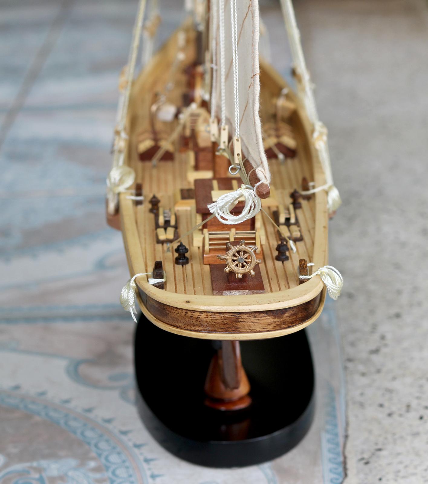 Mô hình thuyền buồm gỗ Atlantic thân tàu 60cm, trang trí nhà cửa - phòng khách - bàn làm việc, quà tặng tân gia - sinh nhật - khai trương
