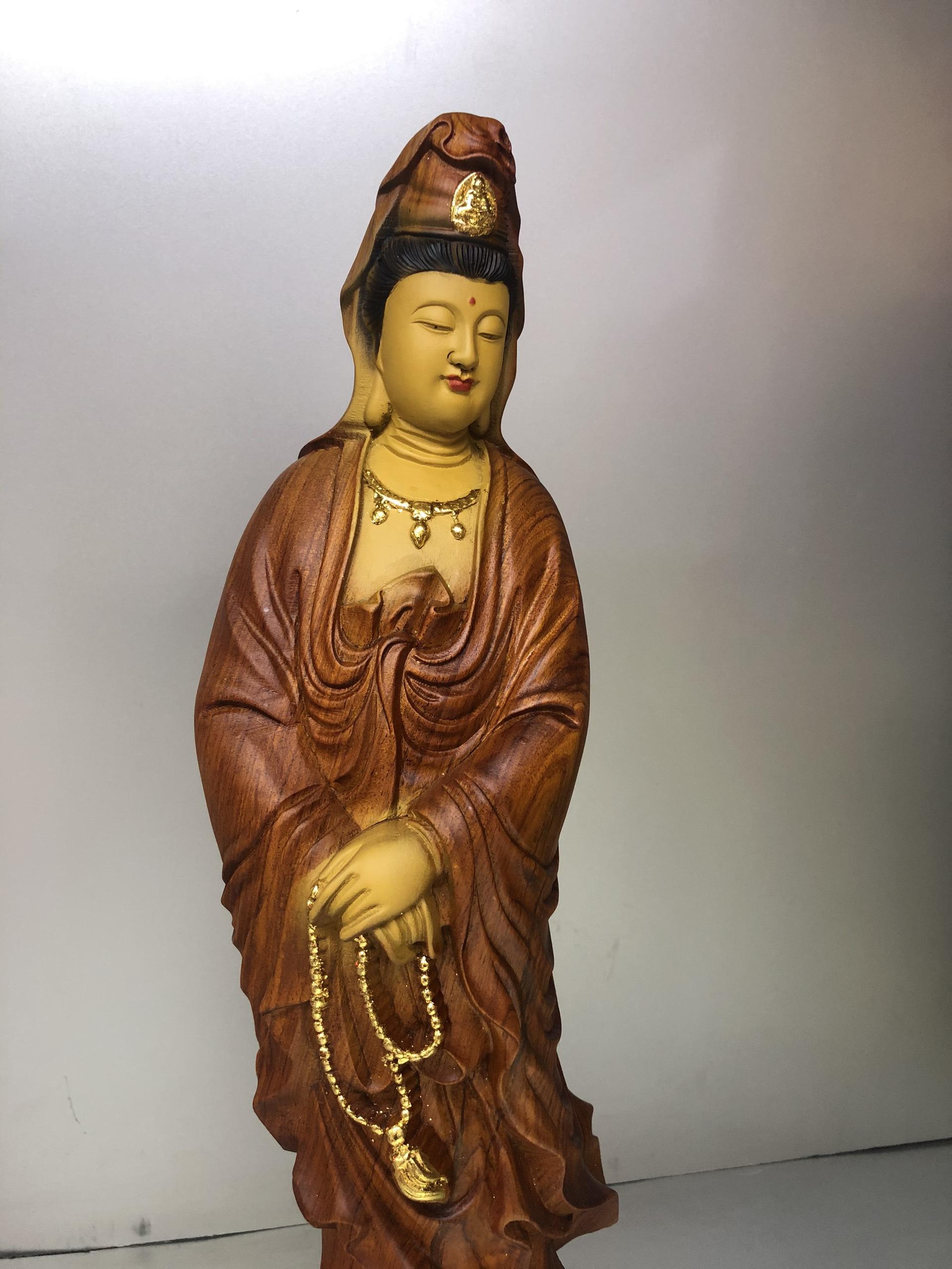 Tượng Quan Âm Bồ Tát đứng gỗ hương đá, giác vàng cao 48cm  DA160