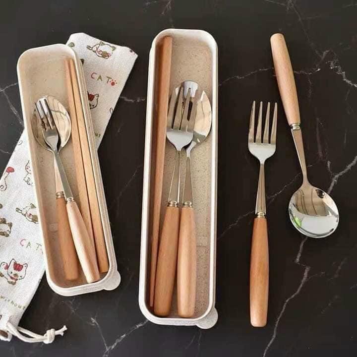 Bộ 3 đũa nĩa muỗng tiện lợi cho người đi làm