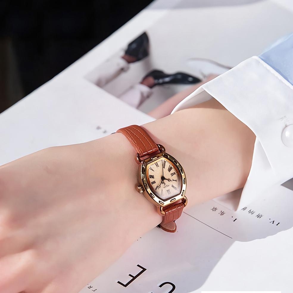 Đồng hồ nũ julius Hàn Quốc JA-544E dây da mặt oval (Nâu)