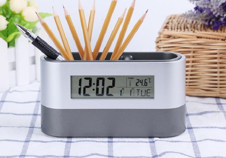 Đồng hồ để bàn kiêm hộp để bút 4in1 đa năng cao cấp (Sang trọng, tinh tế)- (Tặng móc khóa tô vít đa năng 3in1)