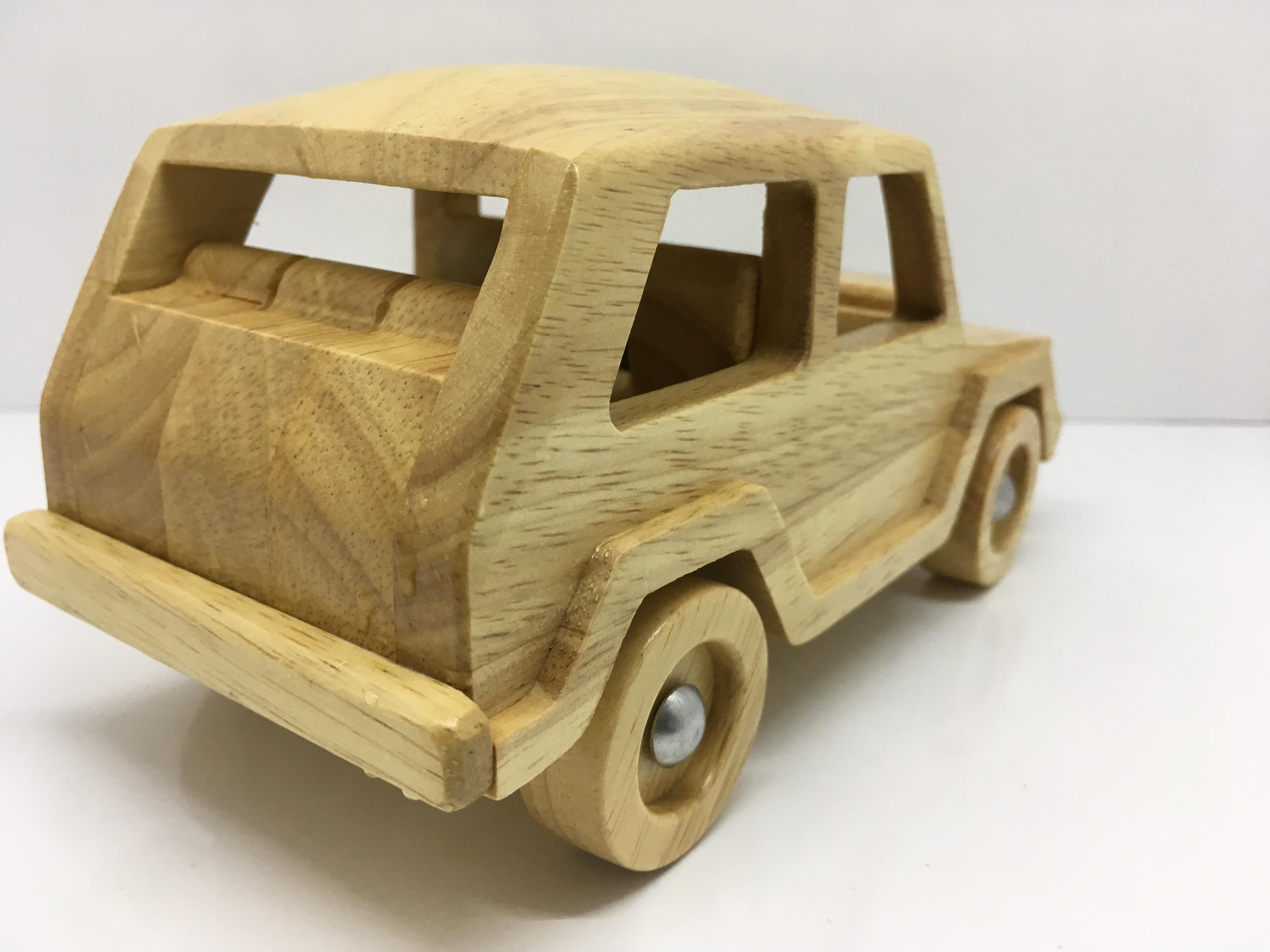 Đồ chơi gỗ Ô tô SUV 18