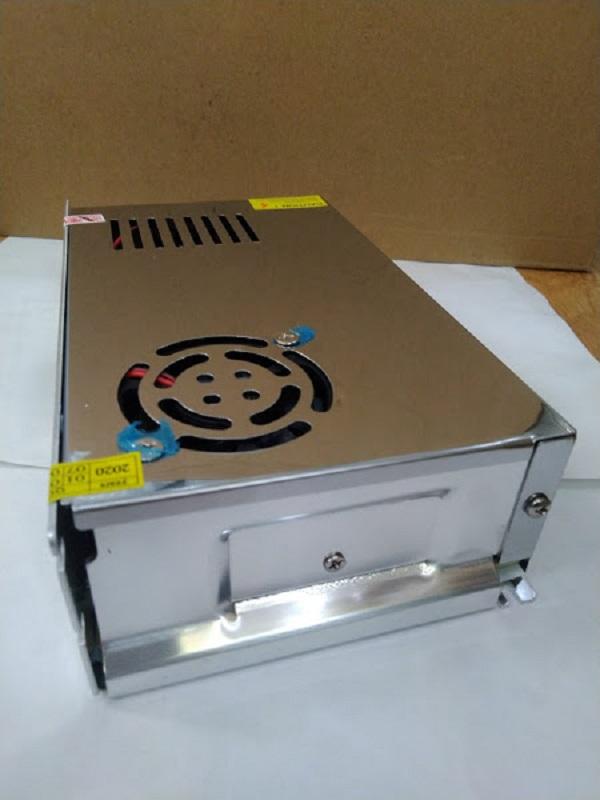 Bộ 5 nguồn tổng 12v20a (có quạt tản nhiệt) cho camera, đèn led