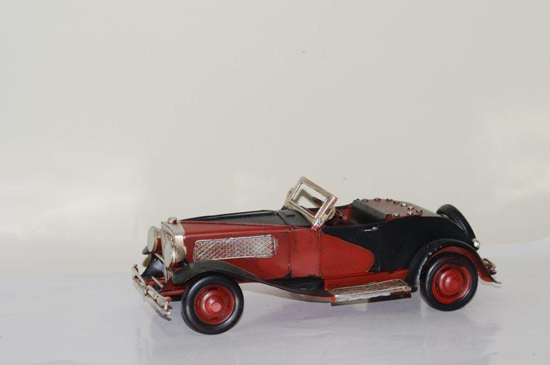 Mô hình xe ô tô Cổ kim loại trưng bày/ Vintage Metal Car Handmade Decoration (1810D-1114)