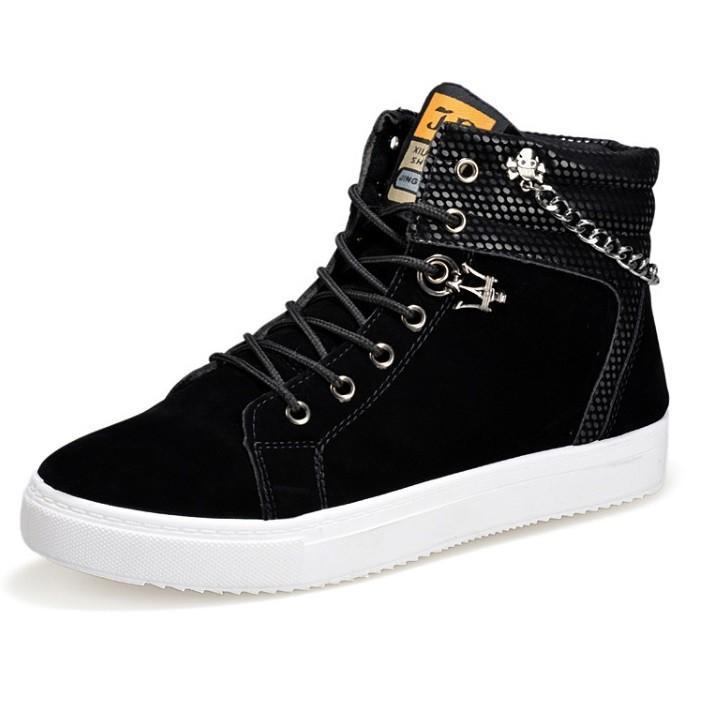 Giày sneaker cao cổ nam có xích