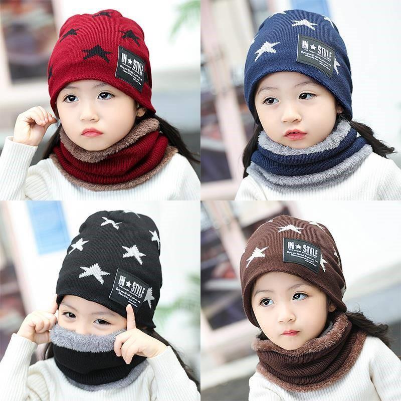 Set khăn len kèm mũ hình sao (màu ngẫu nhiên)