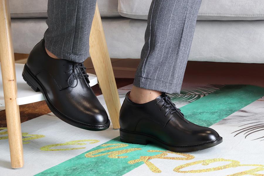 Giày Tăng chiều Cao Nam T&TRA Tăng Cao 8Cm- T82 Đen Trơn- Chất Liệu Da Bò Cao Cấp, Đế Cao Su Đúc , Phần Tăng Cao Ẩn Bên Trong
