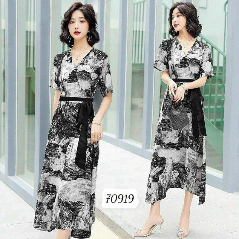 Đầm Nữ Dáng Dài Kiểu Shirtwaist Dress Cổ Tim Chất Liệu Hoa Lụa Mềm Mịn