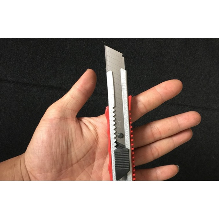 Combo 2 dao rọc giấy – Giao màu ngẫu nhiên