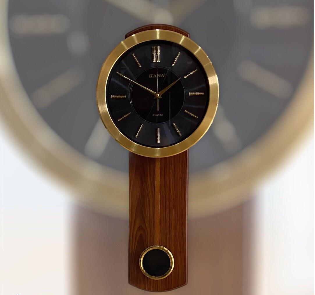 Đồng hồ quả lắc treo tường KN-75 đen (68,5x29,5cm)