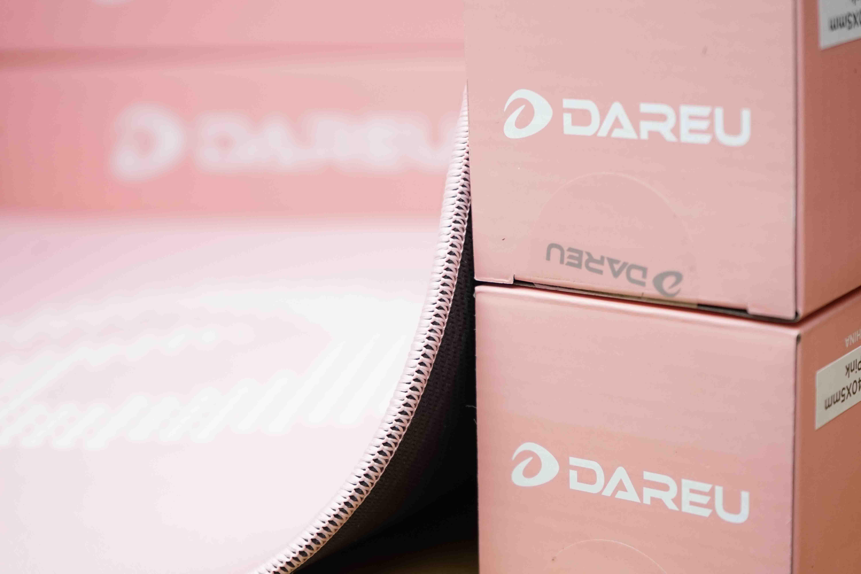 Miếng lót chuột ( 450 x 400 x 5mm ) DareU Queen ESP108 - Hàng chính hãng