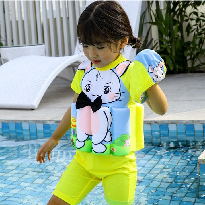 Bộ đồ bơi liền thân trợ nổi + nón bơi hoạ tiết thỏ con - Đồ bơi bé gái DBBG33