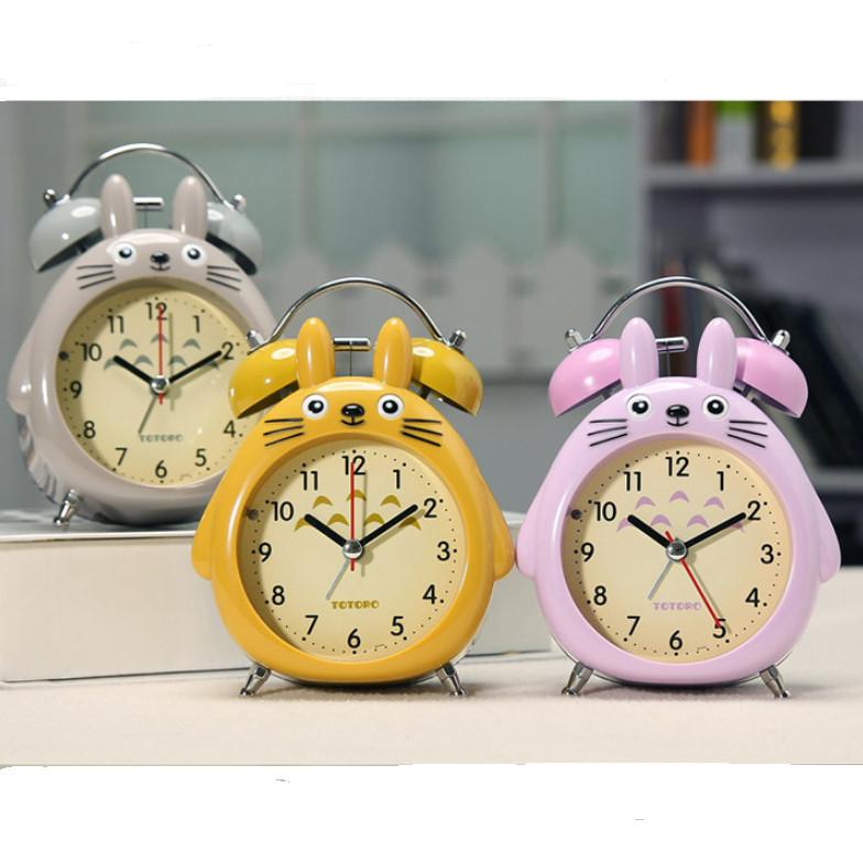Đồng hồ báo thức kim loại hình thúđáng yêu, đồng hồ chuông đôi cao cấp mã 708 hình toroto- giao màu ngẫu nhiên