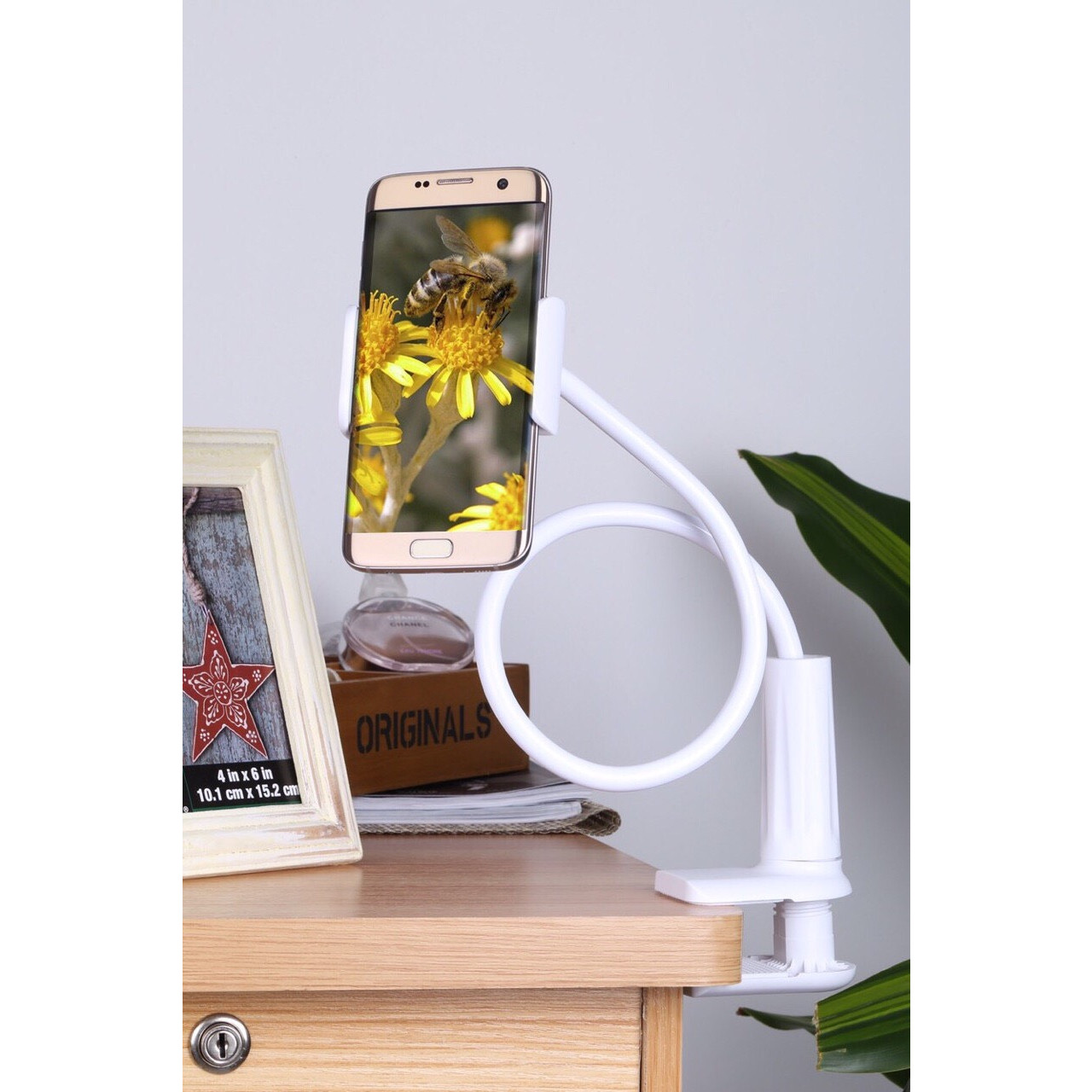 Gía đỡ điện thoại để bàn tiện lợi hàng chất lượng cao