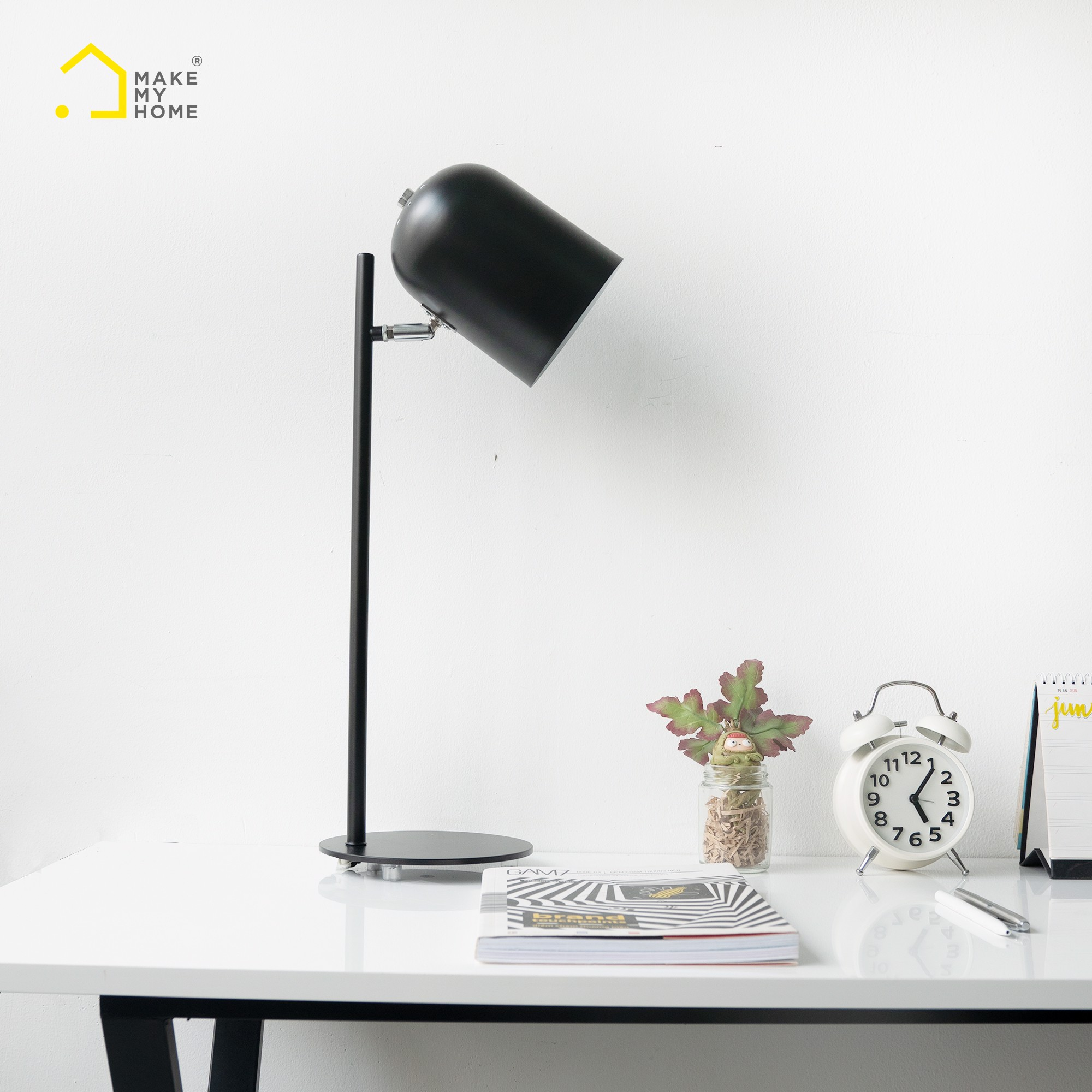 Đèn Học Để Bàn Make My Home TATA