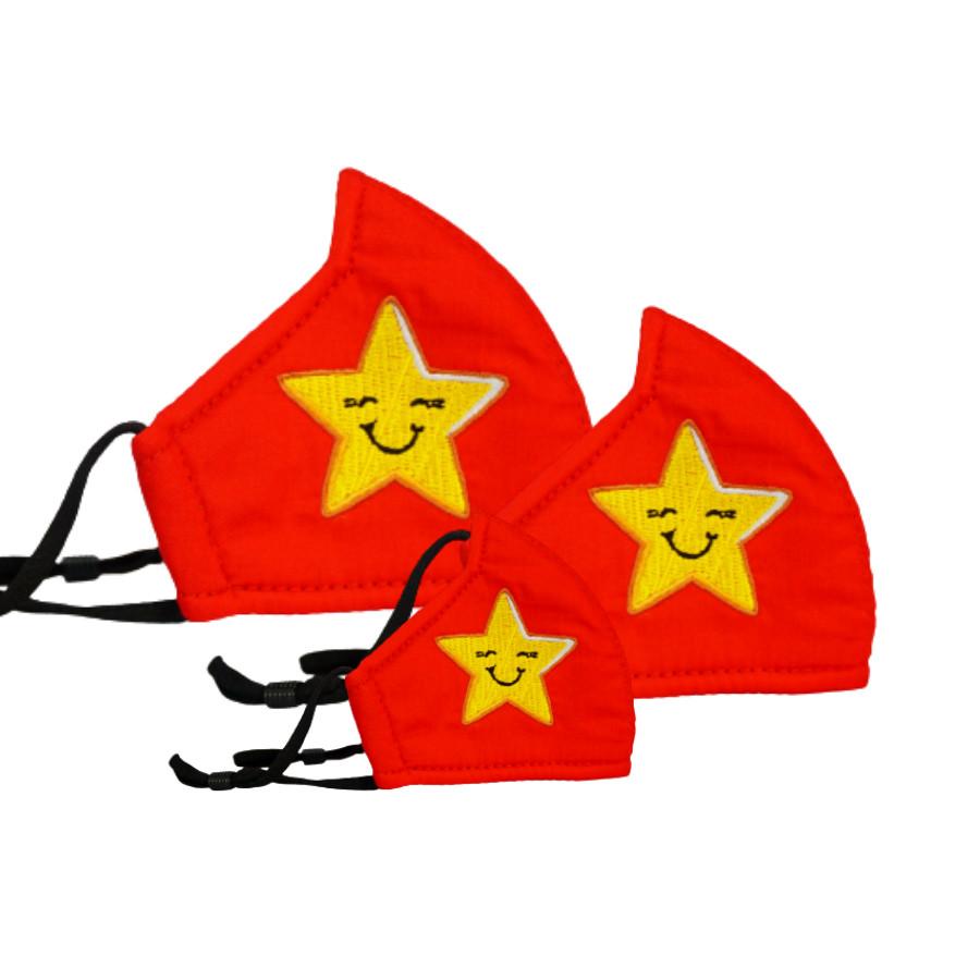 Khẩu trang Kissy cờ đỏ sao vàng size L - Tự Hào Việt Nam -  Giao chuẩn mẫu, chuẩn size