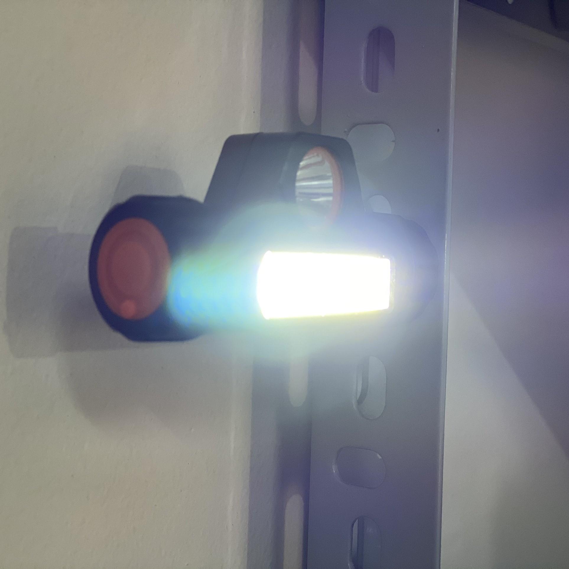 Đèn Pin Đội Đầu Ánh Sáng Led 2 Chế Độ Sáng, Có Chức Năng Hít Kim Loại Essesa Q5 - Hàng Chính Hãng