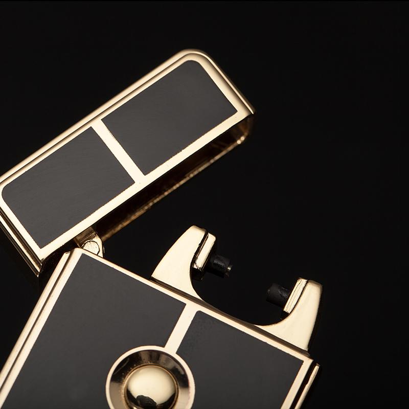 Hộp Quẹt Bật Lửa Sạc Điện Cổng USB ZB-828B (Màu Ngẫu Nhiên)
