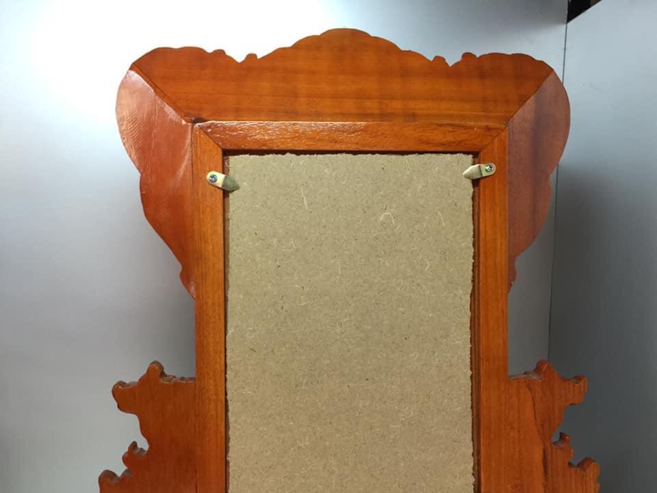 Khung ảnh  thờ gỗ hương không đục thủng ,mẫu phun mâu gỗ hương sáng mầu BH324