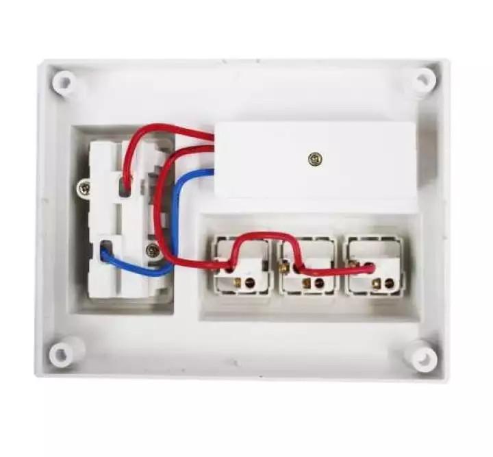 Com bo 2 Bảng điện nổi 15A có 3 ổ cắm 3 công tắc LIOA B-CB15A3C