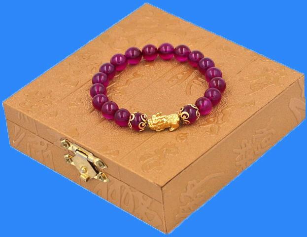 Vòng đeo tay Thạch Anh Huyết Dụ 8 ly - cẩn Tỳ Hưu Phong Thủy inox vàng VTAHITHHKV8 - hợp mệnh Hỏa, mệnh Thổ - kèm hộp gỗ