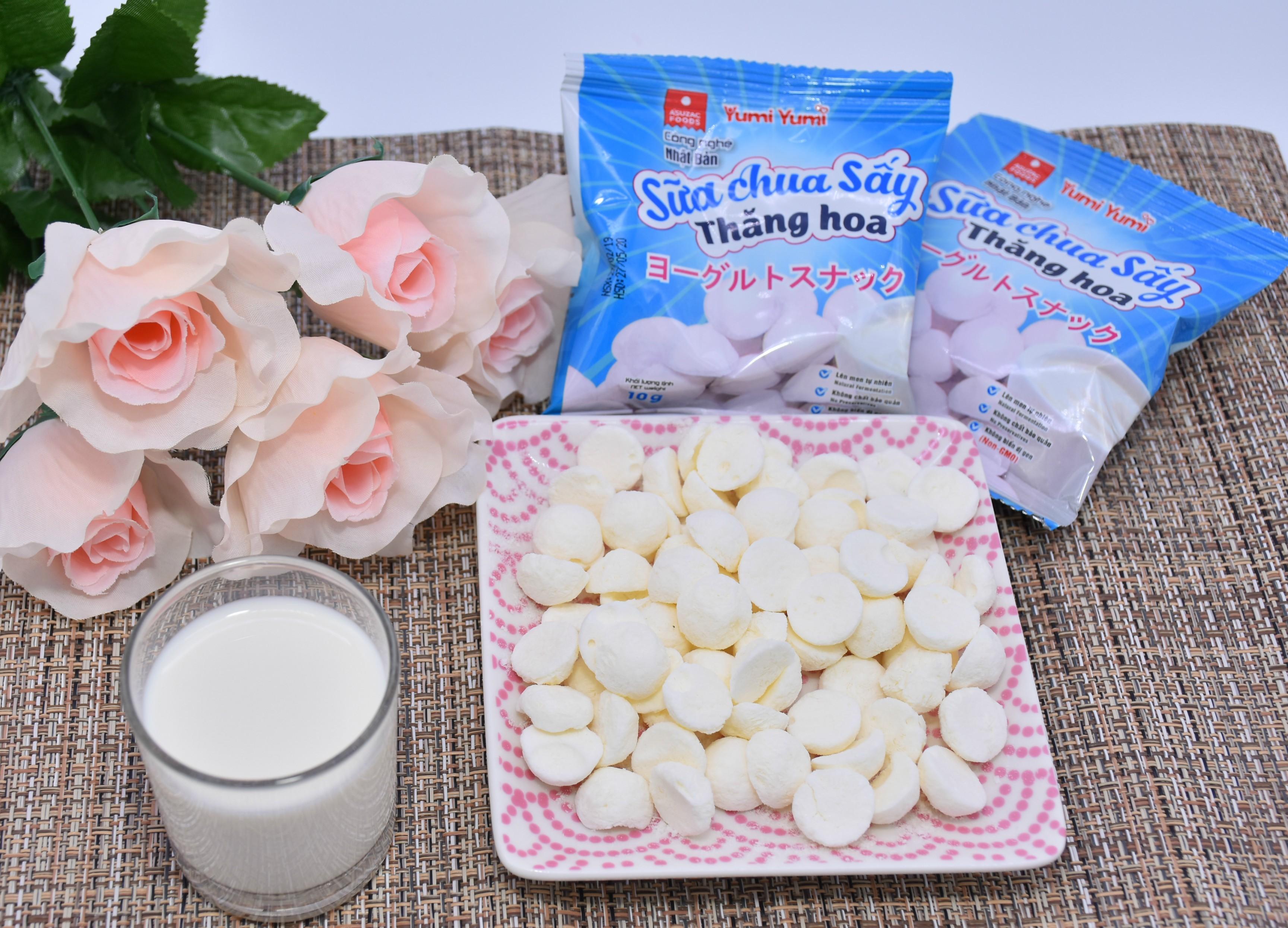 Sữa chua sấy Yumi Yumi hộp 30 g ( 10 g x 3 gói)