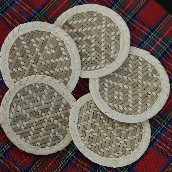 Set 10 tấm lót ly bằng lá buông (Palm Slip Place Mat) - Hình tròn