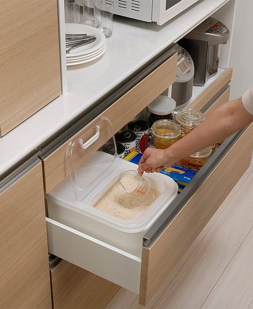 Thùng đựng gạo 6kg nắp bật có 2 ngăn kèm ca đong nội địa Nhật Bản