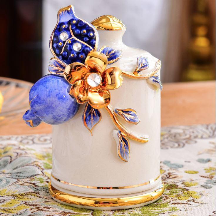 Ống đựng tăm họa tiết hoa nổi mạ vàng 24k mang phong cách tân cổ điển sang trọng CB20ongtam - Chất liệu sứ cao cấp