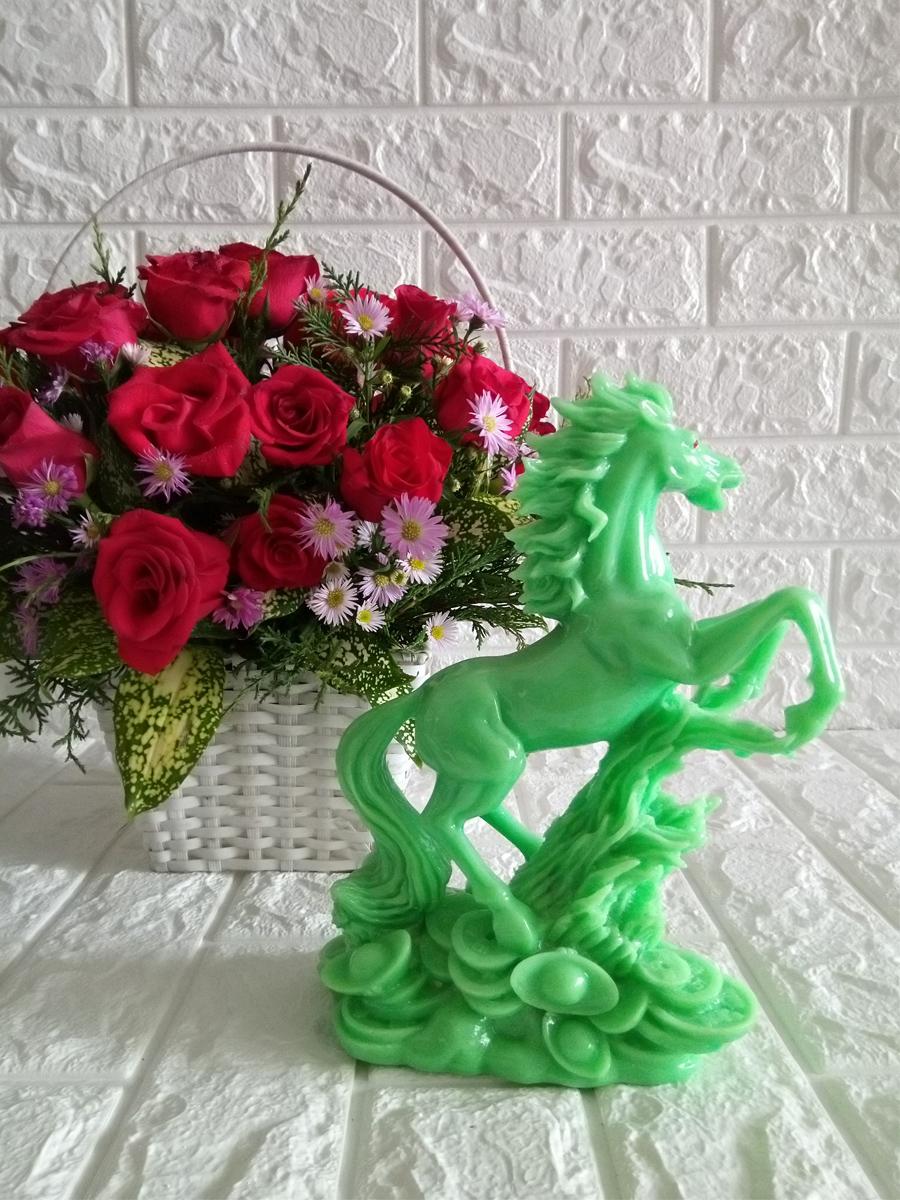 Tượng ngựa hý bằng đá poly xanh ngọc NDX24