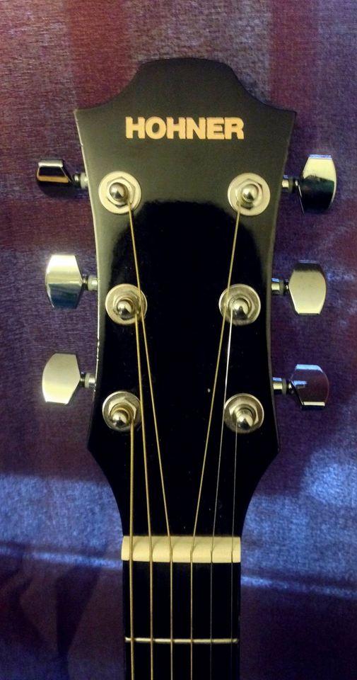 Đàn Guitar Acoustic HW220TBK dáng Dreadnought