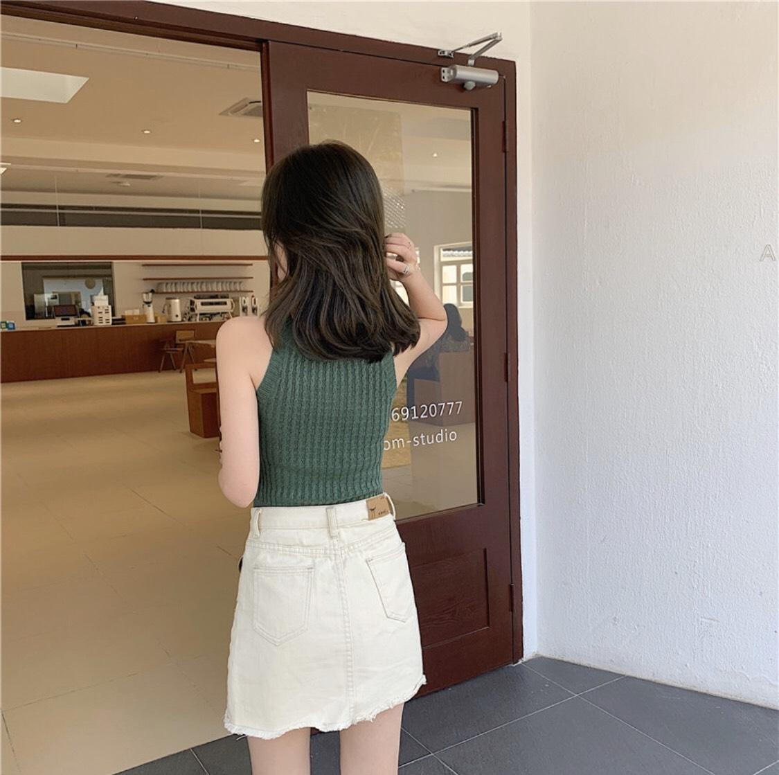 Áo Sát Nách Nữ Cổ Yếm Len Thun Dệt Kim Phong Cách Basic KR211