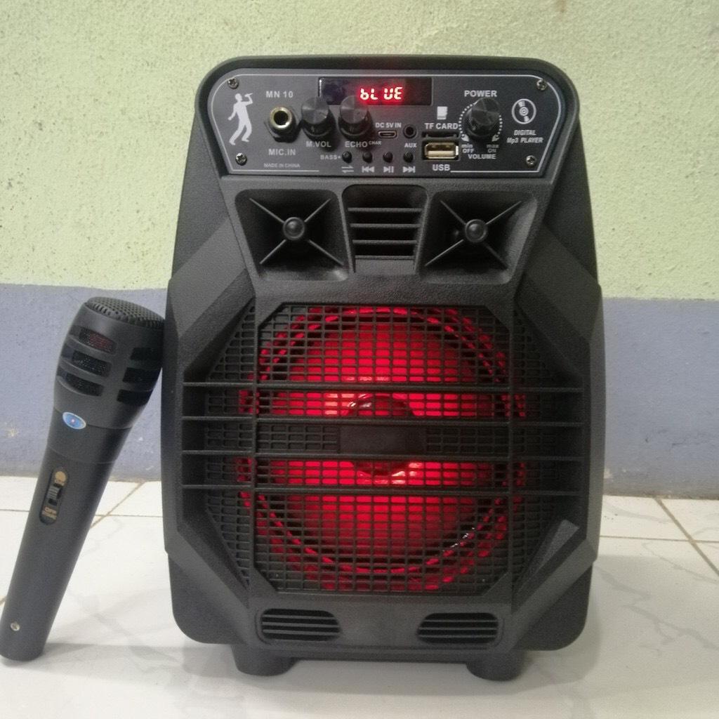 Loa karaoke Bluetooth MN10 JL nhấp nháy theo nhạc- tặng kèm Micro có dây (giao màu ngẫu nhiên)