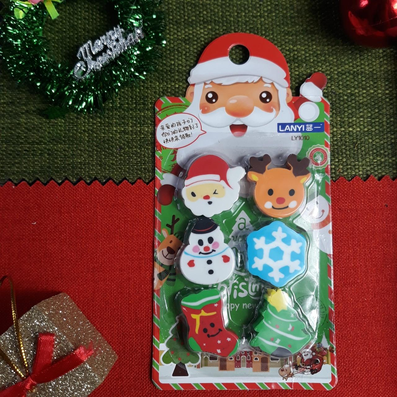 Combo 6 Cục Gôm Tẩy Chủ Đề Giáng Sinh