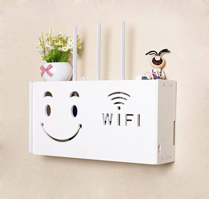 Kệ wifi treo tường hình mặt cười