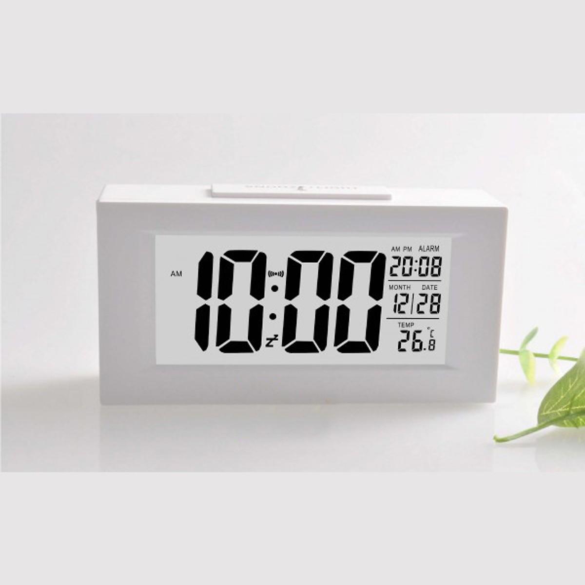 Đồng hồ báo thức cảm biến phát sáng trong đêm cao cấp C4 canino