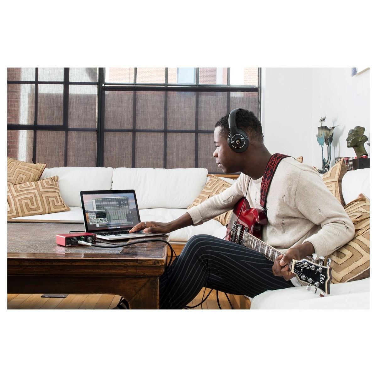 Sound Card thu âm chuyên nghiệp Focusrite Scarlett Solo (Gen3) - Hàng Nhập Khẩu