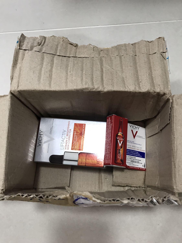 duong-chat-lam-sang-va-cai-thien-nep-nhan-vichy-lift-activ-vitamin-c-15-10ml-p19728916-review-0
