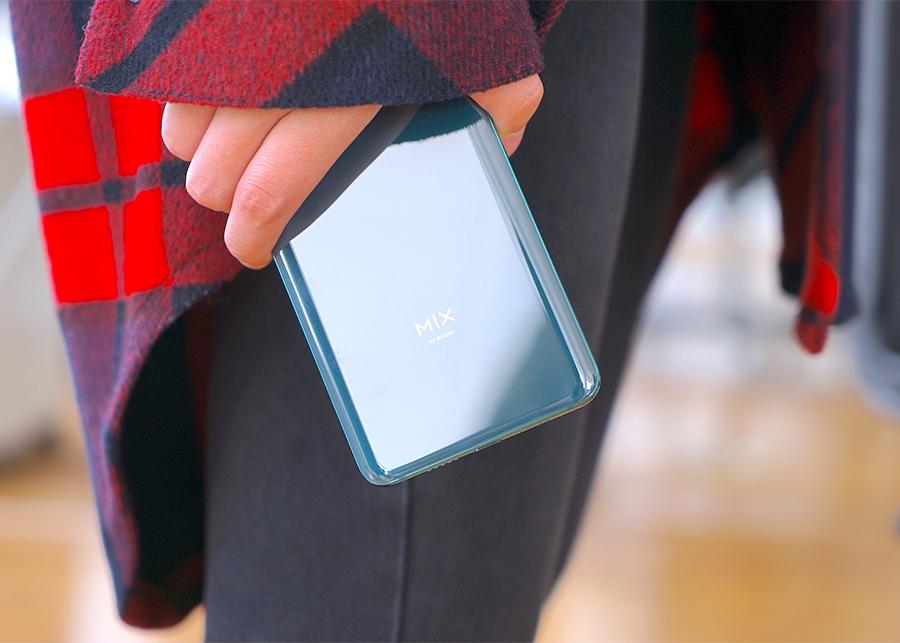 Điện Thoại Xiaomi Mi Mix 3 (6GB/128GB) - Hàng Chính Hãng
