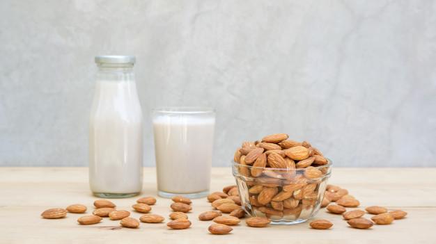 Hạt hạnh nhân Smile Nuts dùng để nấu sữa