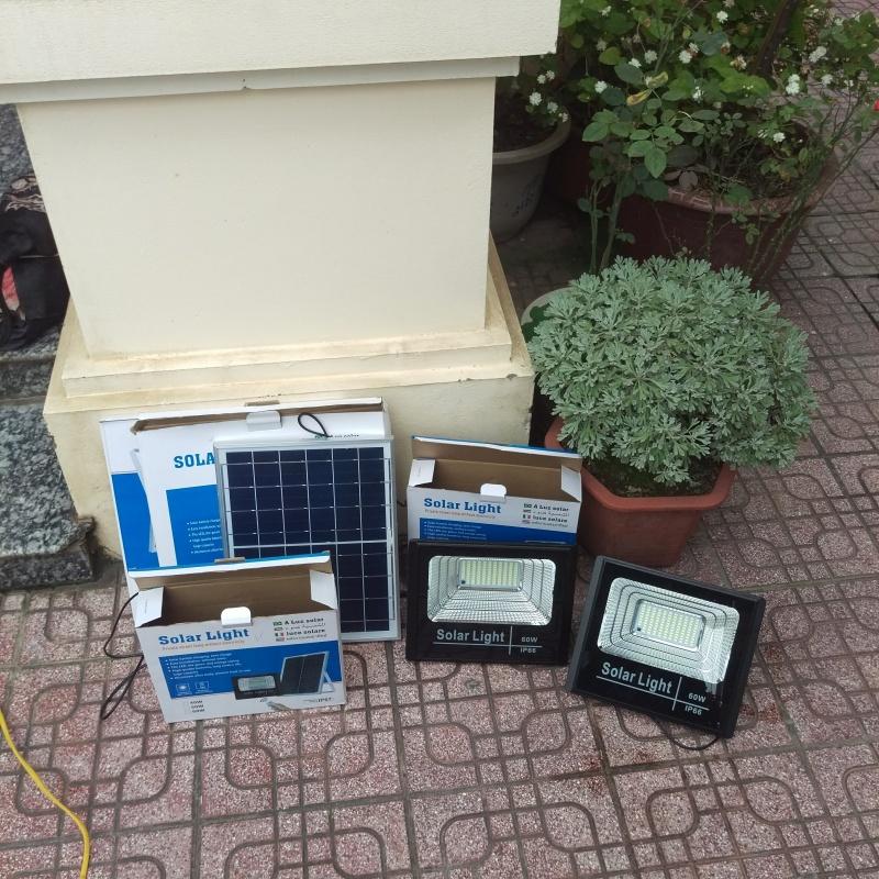 Đèn năng lượng mặt trời DK310 40W