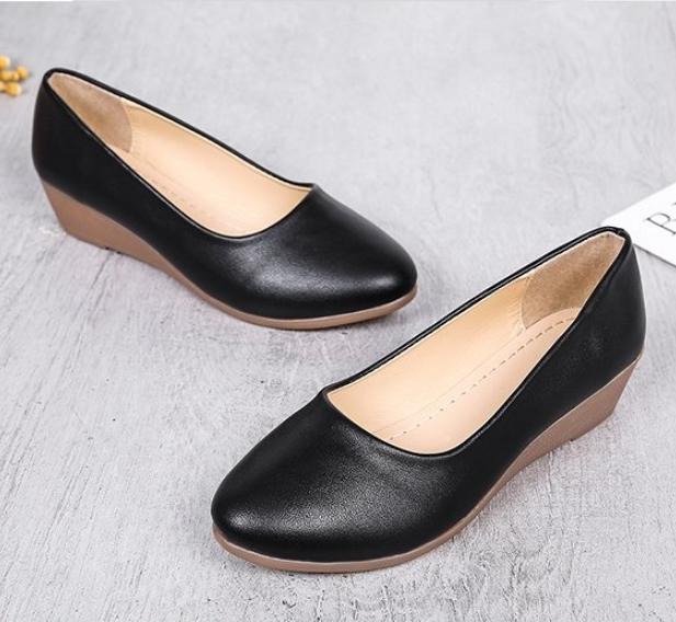 Giày nữ bít mũi đế xuồng cao 3cm kiểu trơn da lì siêu nhẹ siêu mềm C26n có ảnh thật 9