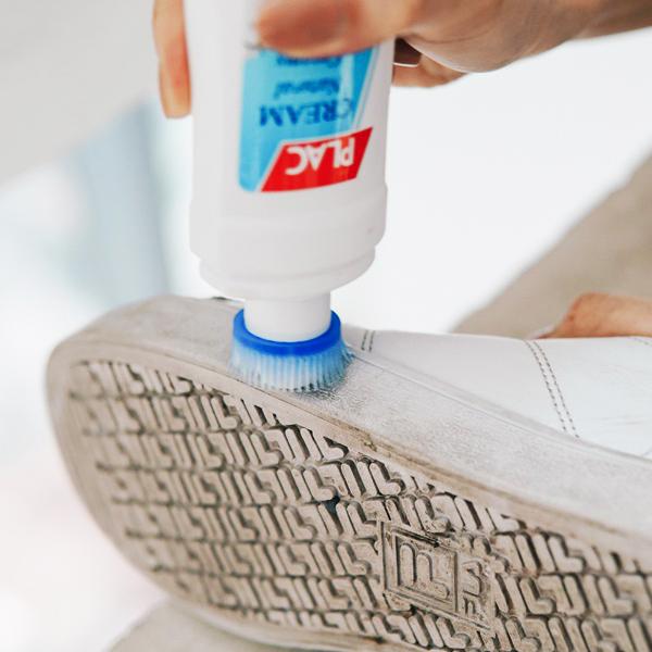 Bộ 2 Chai xịt trắng giày plac Kèm đầu cọ 100ml