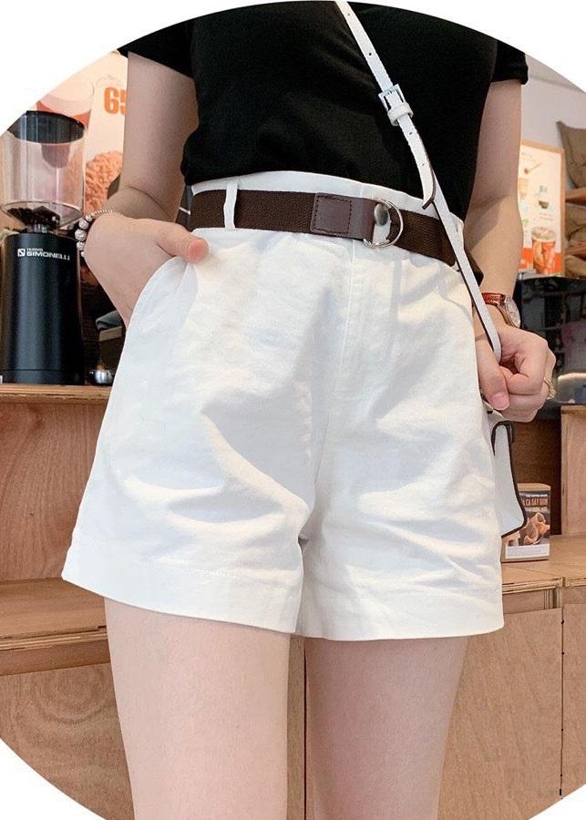 Quần short nữ kaki kèm dây nịt 3