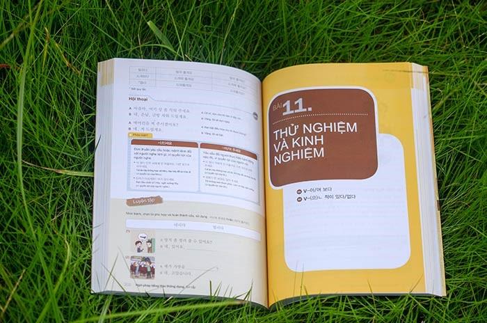 Ngữ Pháp Tiếng Hàn Thông Dụng - Sơ Cấp (Dùng APP MCBooks)