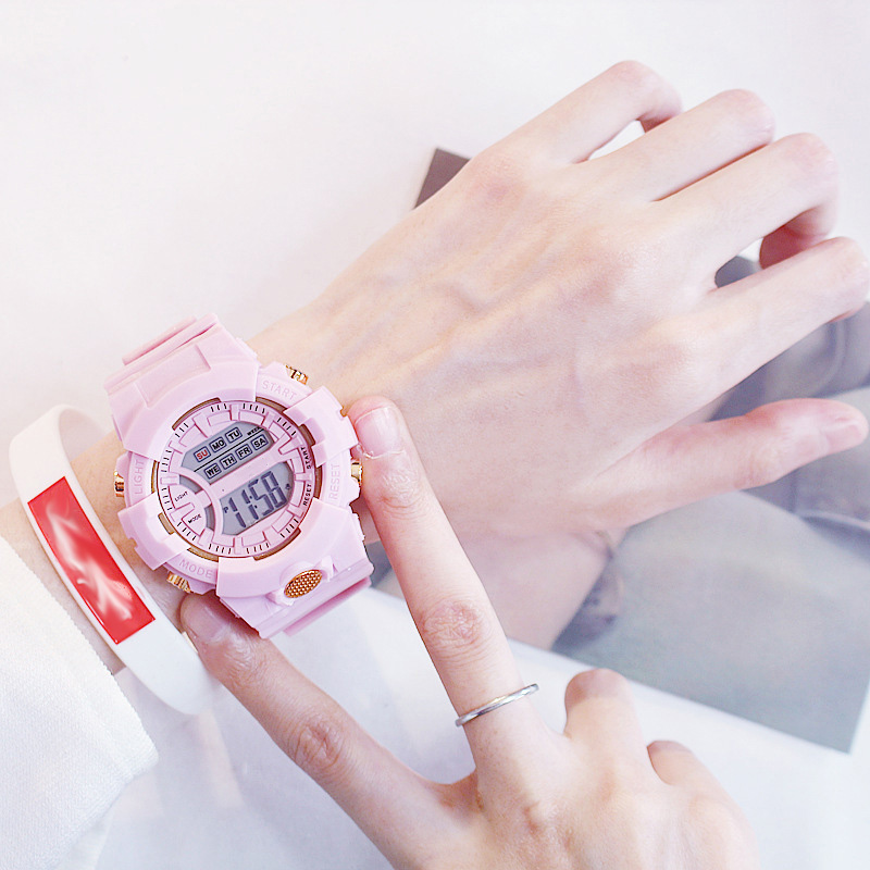 Đồng hồ điện tử nam và nữ KASAWI k562 Sports Đồng hồ Học sinh trung học cơ sở Hàn Quốc thể thao chống thấm nước- xem giờ điện tử - báo thức - bấm giờ thể thao - xem lịch ngày tháng thứ - Dây Silicone Bền Chắc 18