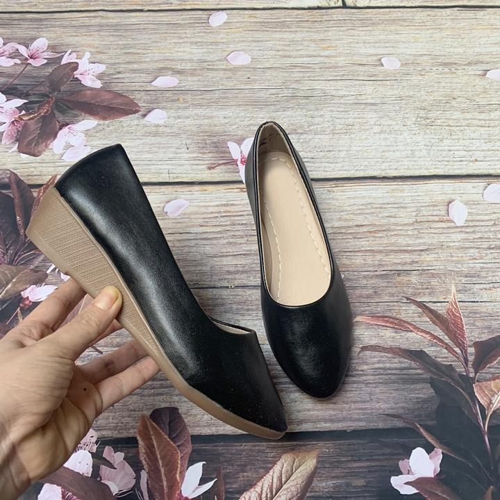 Giày nữ bít mũi đế xuồng cao 3cm kiểu trơn da lì siêu nhẹ siêu mềm C26n có ảnh thật 3
